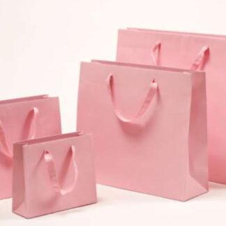 Exklusive Papiertragetasche Baumwollbänder glamourös hochwertig stabil Werbemittel Logodruck schnelle Lieferung günstig preiswert kompetent unterschiedliche Größenformate rosa altrosa