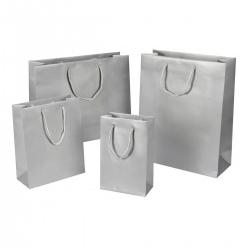 Hochganz Glänzend Lack-Optik Exklusiv hochwertig glamourös Transportieren Papiertragetasche Papiertasche Einkaufstaschen Werbemittel unbedruckt Papier nachhaltig umweltbewusst stabil günstig preiswert langlebig kompetent viele Größenformate schnelle Lieferung silber matt